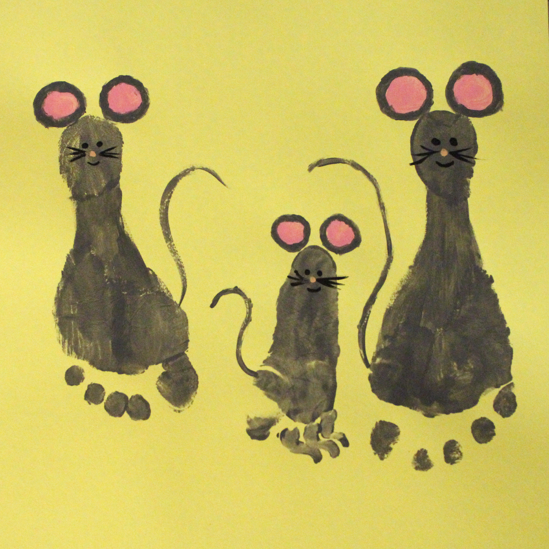 mice foot painting